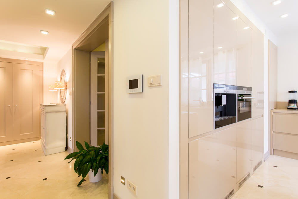 How to Build a Fitted Wardrobe in an Alcove