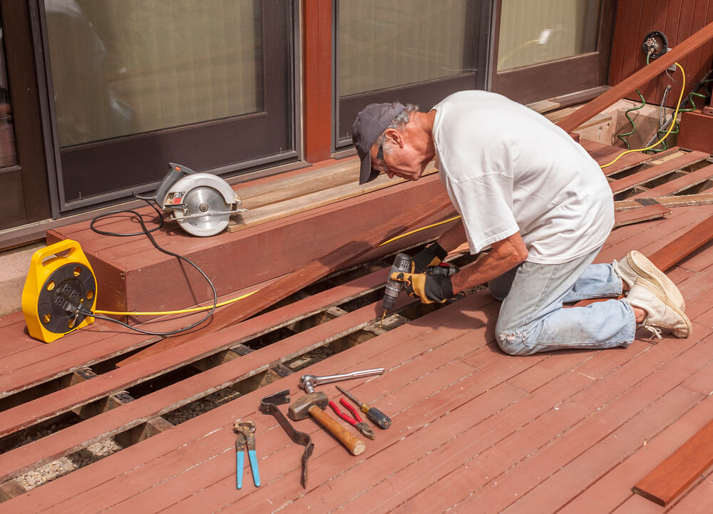 How to Lay Decking on Uneven Ground | Plancic Local Business